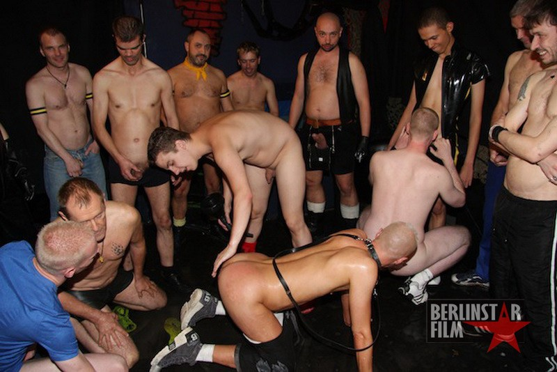 Piss Orgy DVD - Gallery - 004