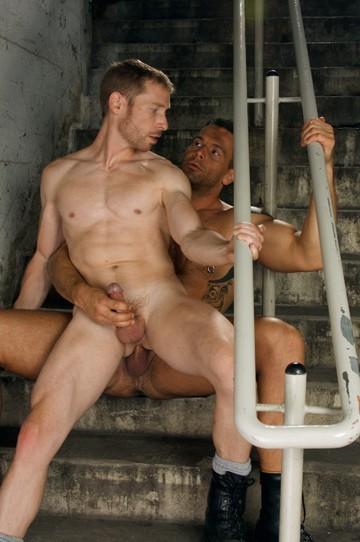 Bunker DVD - Gallery - 001