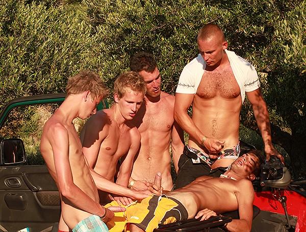 Fuckin' Orgy Sluts DVD - Gallery - 009