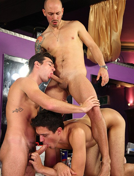 Gay Bar Or Bust 2 DVD - Gallery - 001