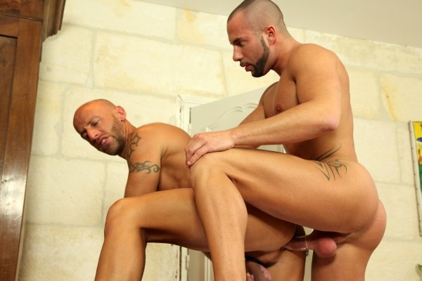 Big Dick French Adventure DVD - Gallery - 005