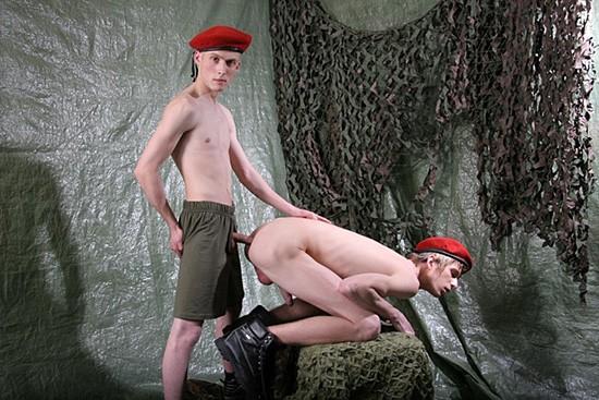 Bare Huge Dicks 22 DVD - Gallery - 005