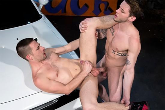 Cruising For Ass DVD - Gallery - 002